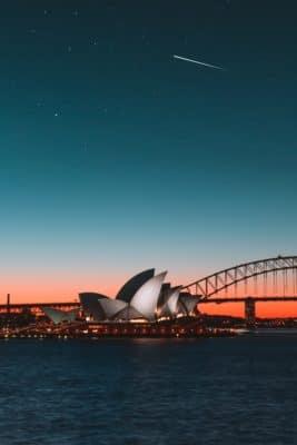 Operahuset i Sydney om aftenen med stjerneskud