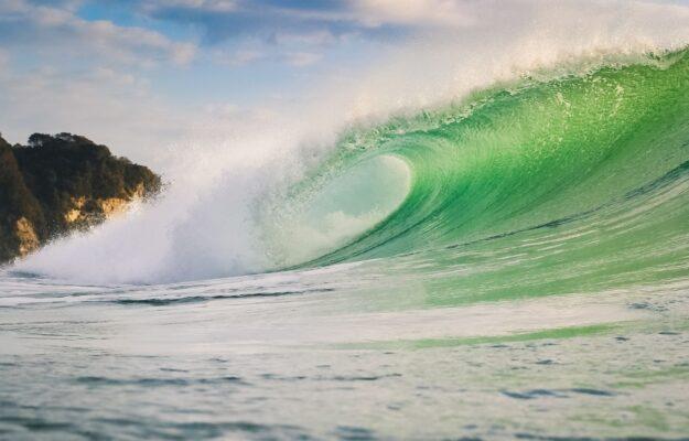 Stor bølge i grøn