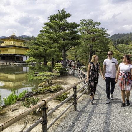 Sti ved Golden Pavilion - Japan